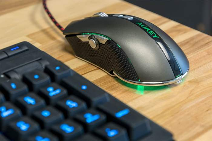 aukey-gaming-mouse-full-back-800x533-c.jpg