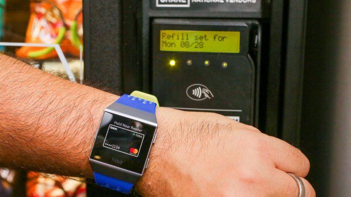 fitbit-ionic-watch-42.jpg